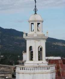 la tour de la Cathedrale de Jacmel avant le seisme