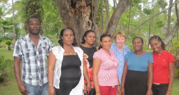 Mme Rossillon reçoit des parents d'élèves de Ti-Mouillage, Kabik et Tesseyre