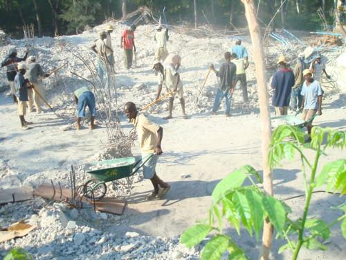 2. Déblayage des décombres